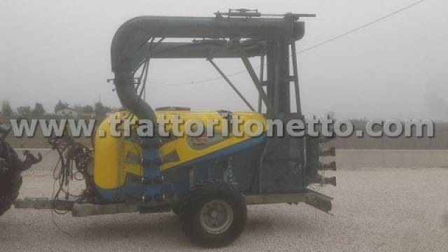 trattore usato varie ATOMIZZATORE KWH B612T TURBO 3