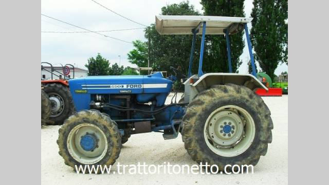 trattore usato Ford 5600 DT