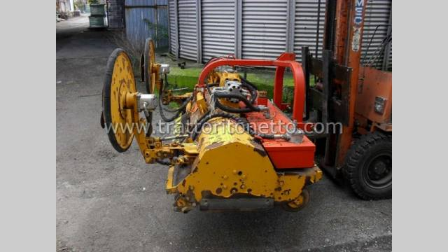trattore usato varie TRINCIATRICE AEDES