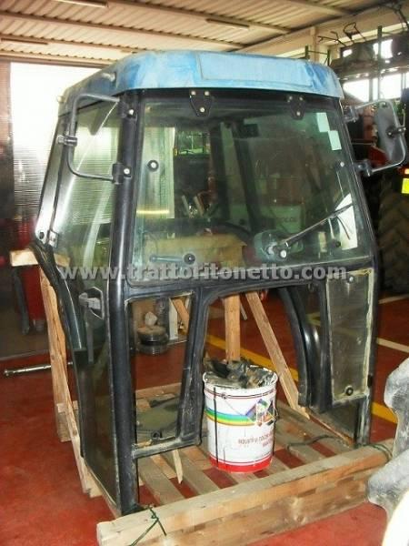 vendita trattore usato new holland cabina lochmann per tnf,