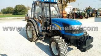 New Holland TD4040F, Trattore da frutteto usato